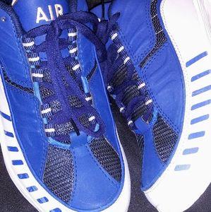 Vintage AirMax Womens Nike Shoe